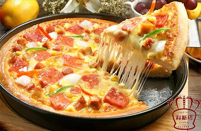 意式培根烤肠披萨